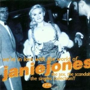 Coveret til en opsamlingsplade med Janie Jones. Fotoet forestiller sangerinden, der ankommer topløs til en filmpremiere til filmen 'London in the Raw'.