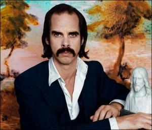 Er det et moustache-glattejern, du har i lommen, eller er du bare glad for at se mig?