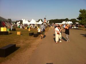 Festivalpladsen i hjertet af Tønder. Den består af to telte, en open air scene, et belgisk spejltelt og den såkaldte P4 Scene