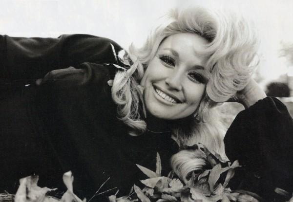 Dig kunne vi aldrig blive sure på, Dolly.