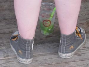 Converse og Mojito. Så er man klædt på.