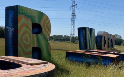 Roskilde-længsel? Værsgo – sådan ser den øde festivalplads ud uden festival